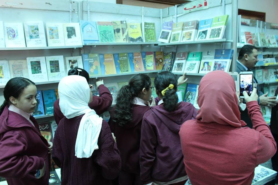 ختام معرض الكتاب بمكتبة مصر الجديدة وتحقيقه نسبة زيارات مرتفعة