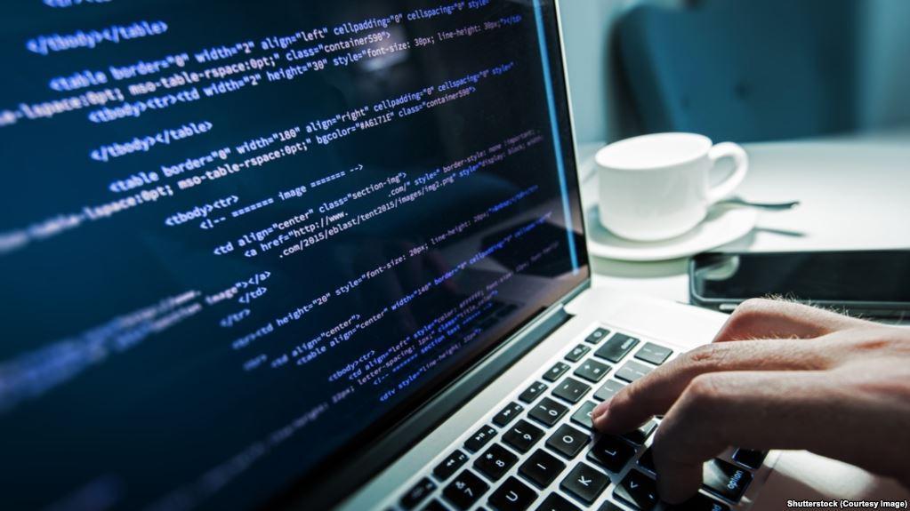 5 مواقع أجنبية تساعدك في تعلم البرمجة بشكل احترافي.. مجانًا