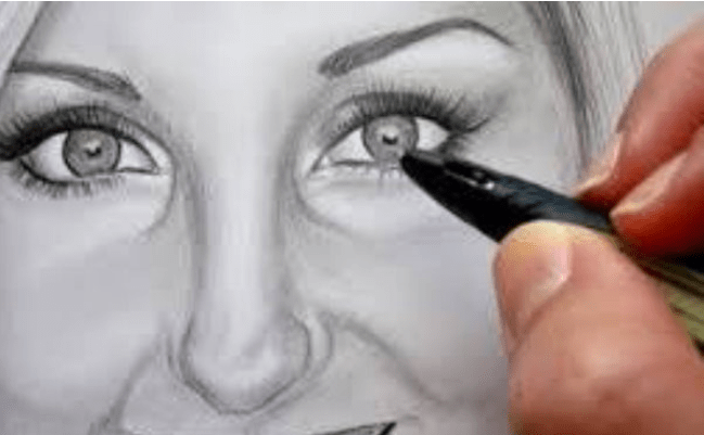 طريقة تعلّم رسم الوجه بالقلم الرصاص للمبتدئين.. خطوات بسيطة
