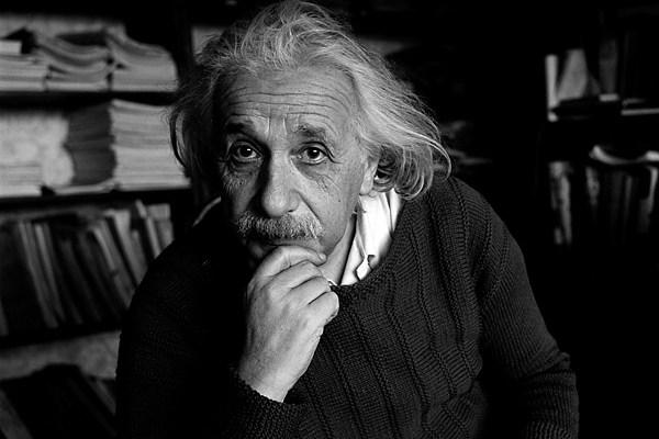 دماغ أينشتاين.. وثائقي رائع عن دماغ ألبرت أينشتاين وكيف تمت سرقته بعد موته!