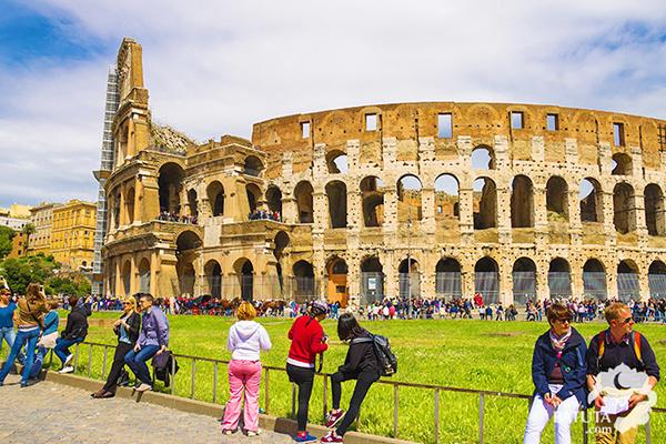تعرف على كل المعلومات اللازمة للجوء إلى إيطاليا وحالات القبول والرفض