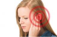 ما سبب ارتفاع درجة حرارة الأذن واحمرارها فجأة؟