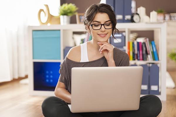 10 مواقع تساعدك على الاستفادة من وقتك على الإنترنت من خلال تعلم شيء جديد كل يوم