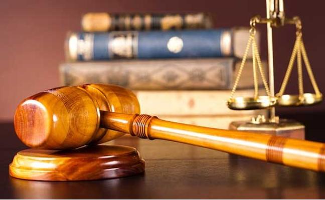 هل تعلم ما هي قصة مقولة «القانون لا يحمي المغفلين» ؟!