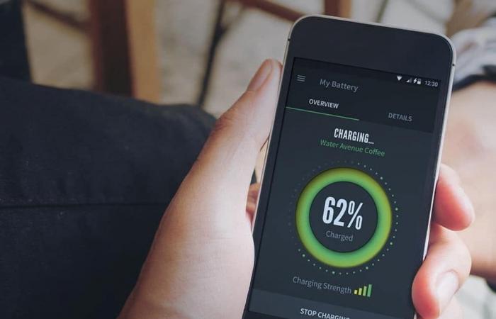 شركة Vivo تسعى لإطلاق أول هاتف يشحن لاسلكيًا
