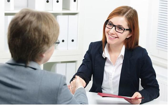 15 عبارة إياك أن تقولها عندما تتقدم لشغل وظيفة !