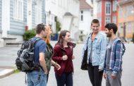 قناة ESL Conversation هي الأفضل في تعليم المحادثة الإنجليزية من خلال مواقف وفيديوهات رائعة