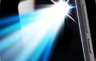 طريقة إضاءة الفلاش دون النقر على أي زر أو تطبيقات خارجية؟