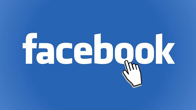 طريقة نقل جهات الاتصال التي فقدتها من الفيس بوك إلى هاتفك